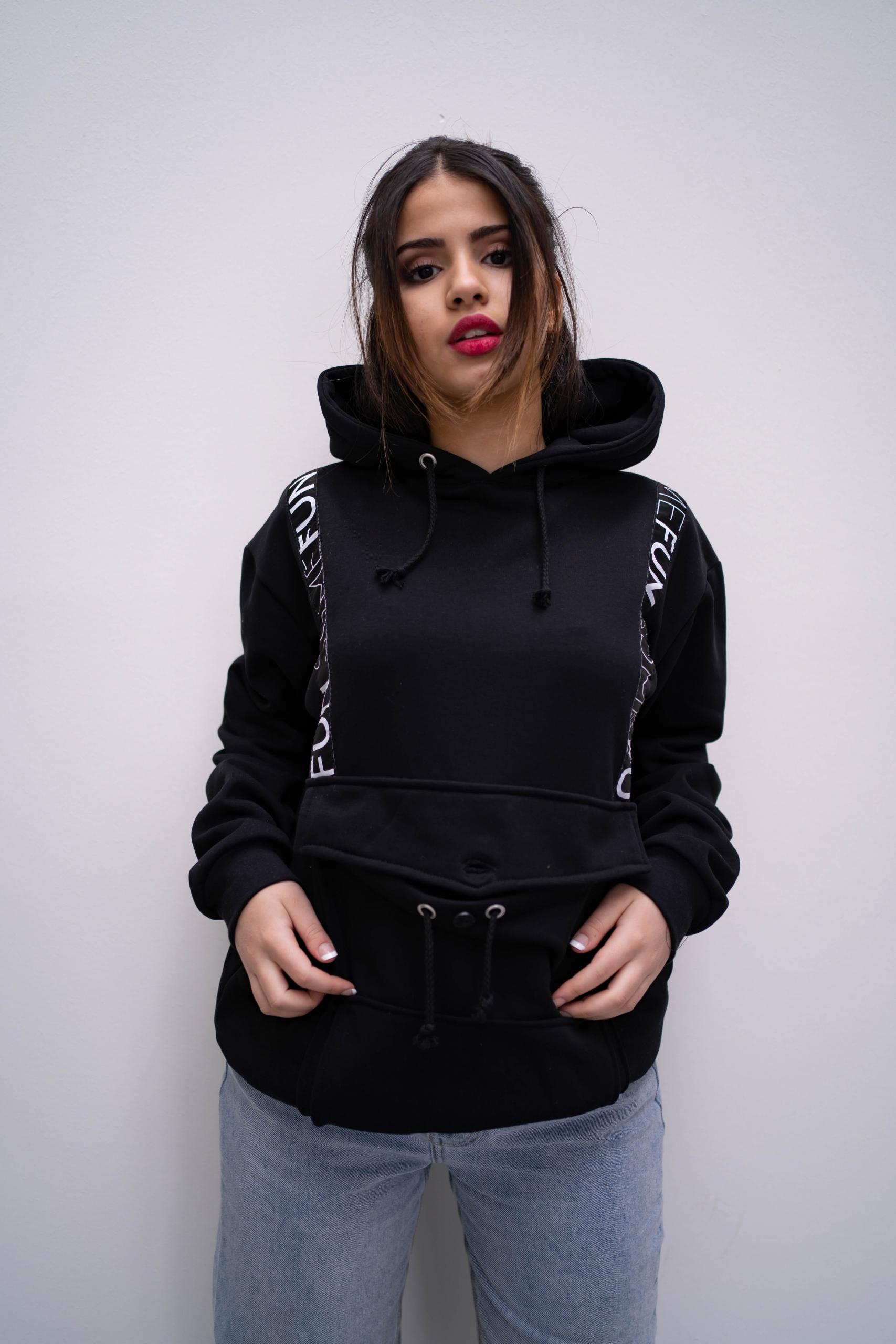 Somefun-hoodie-zwart-1